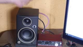 mackie cr3 studio monitor speaker review for scarlett focusrite 2i2