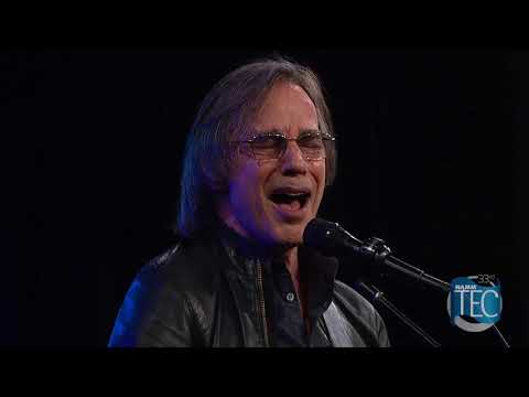 "Jackson Browne Reunited With The Section ""Rock Me On The Water"""