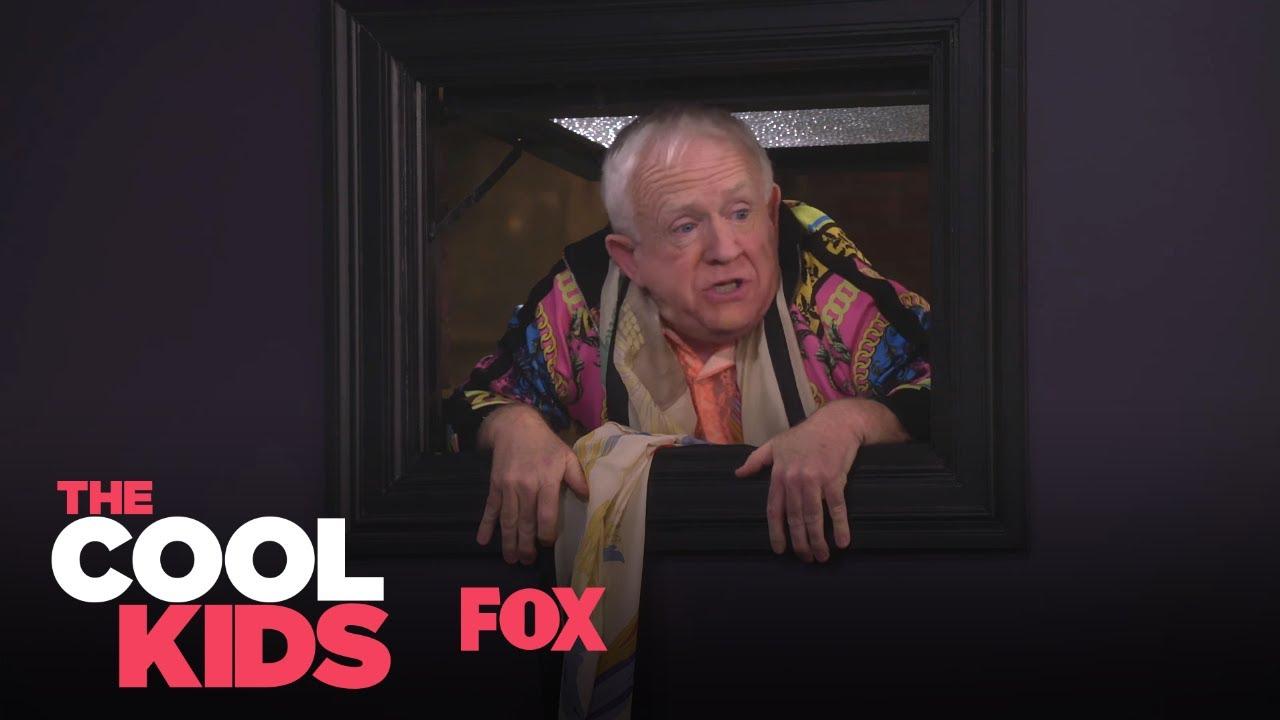 Download Sid Sneaks Into The Bathroom   Season 1 Ep. 2   THE COOL KIDS