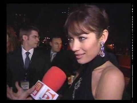 Olga Kurylenko speaks spanish