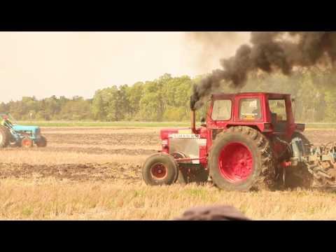 Speed tractor plowing. Hastighetsplöjning på Gotland. 21/5 2016