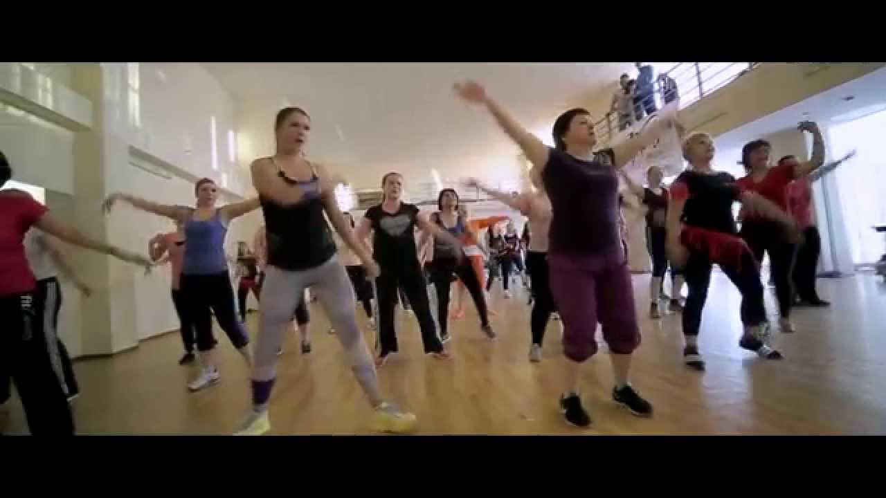 Смотреть Зумба для похудения: фитнес-танец для стройной фигуры и отличного настроения видео