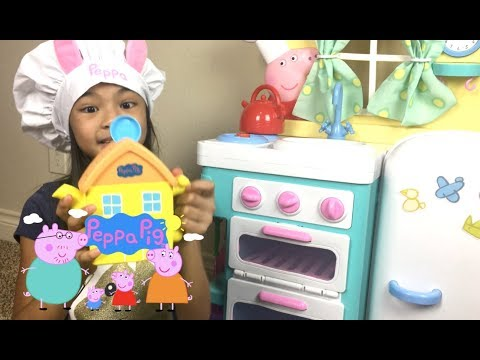 Peppa Pig & Family Tea Party + Peppa's Giggle & Bake Kitchen | Toys Academy
