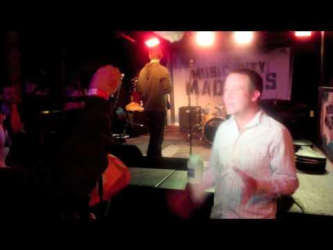 Kurt Thomas - Six Strings and a Prayer