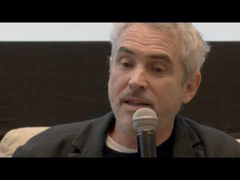 Encuentro de Alfonso Cuarón, Eugenio Caballero y Tatiana Huezo en el CUEC