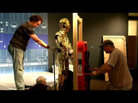 Star Wars And The Power Of Costume Droid Installation, St. Petersburg Museum of Fine Arts (2 of 2)