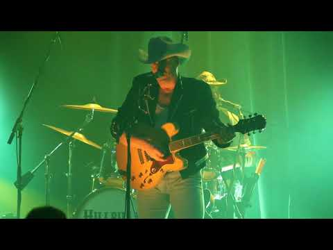Hillbilly Deluxe -Dim Light Thick Smoke and Loud Loud Music...