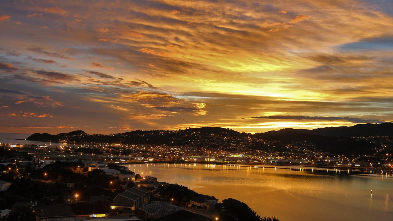 Perfect Wellington Sunset! Evans Bay (best watch in FULL ...