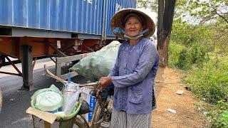 Bà nội 73 tuổi dựng tôn sống trong nghĩa địa nhặt ve chai nuôi cháu khuyết tật
