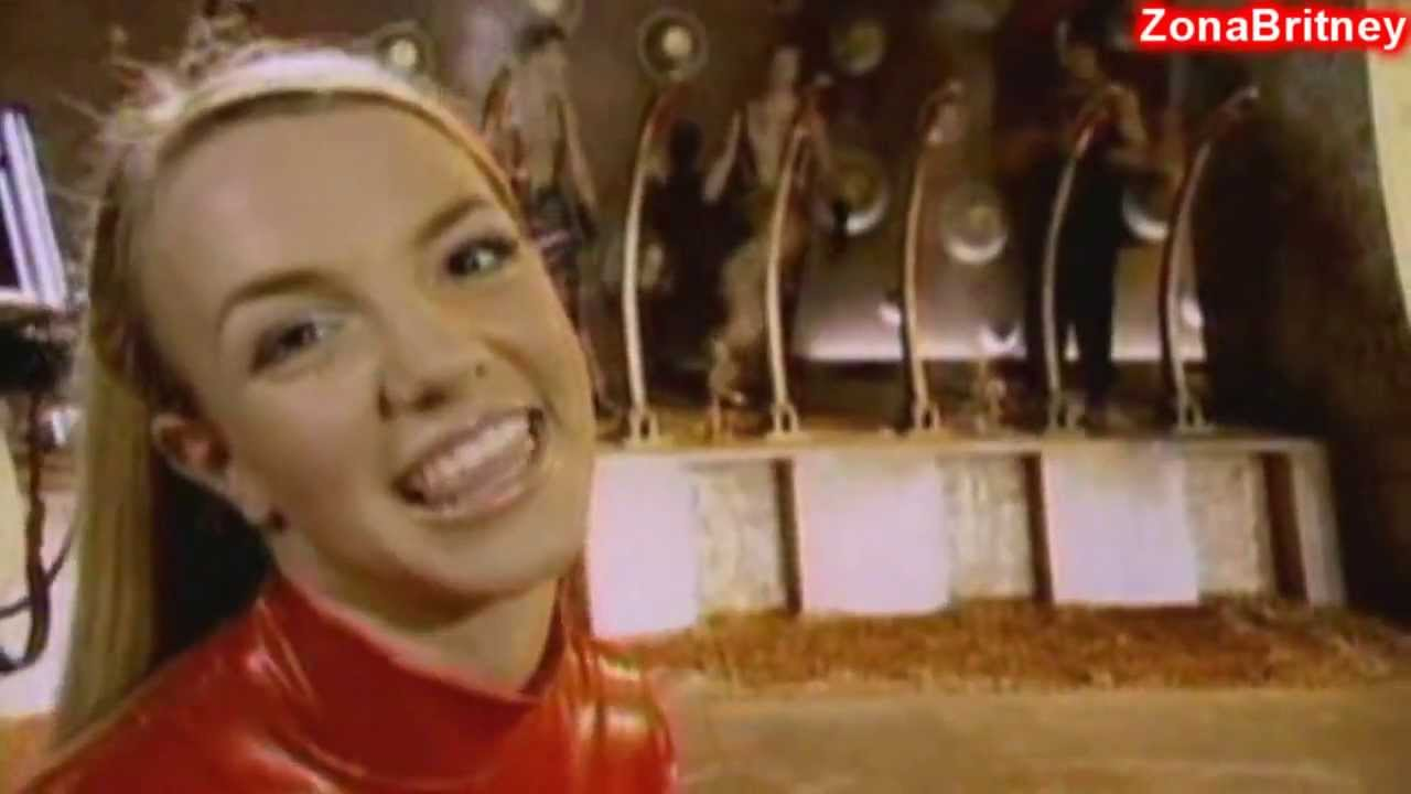 Download Britney Spears ''Oops'' I Did It Again. The Making Of The Video