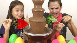 CHOCOLATE VS COMIDA DE VERDADE ( EDIÇÃO OVOS SURPRESAS)
