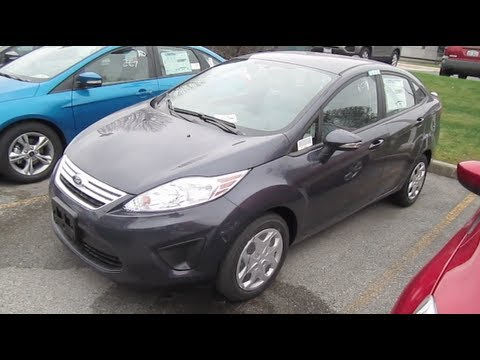 2013 FORD FIESTA REVIEW CLOSER LOOK Engine Start Up