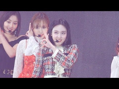 [4K] 181128 AAA - YES or YES 트와이스 나연 직캠 twice nayeon fancam