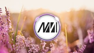Aash Mehta - Hold On To Me (feat. Aviella)