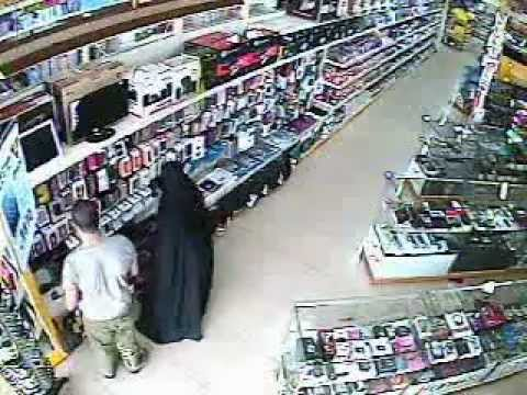 Thief in Jeddah with Family