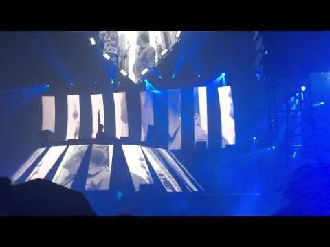 "Dash Berlin at Crush So Cal - ""Hello by Adele(Dash Berlin Remix)"