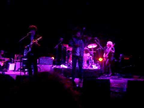 Noah and The Whale - My Broken Heart live @ Motel Mozaique 2010.avi mp3