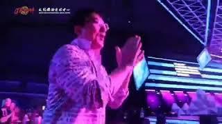 Димаш и Джеки Чан на репетиции