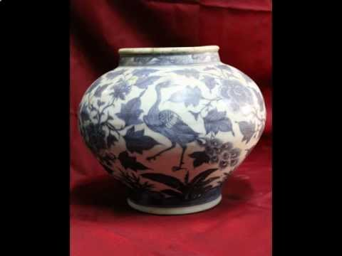 #10 Antique Chinese porcelain Early Ming dynasty vase.avi
