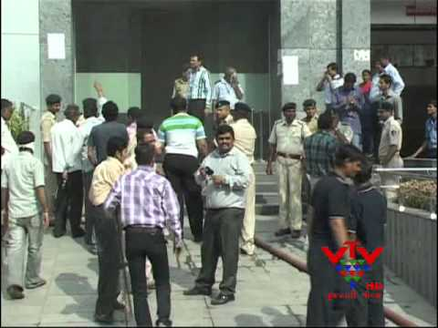 VTV - FIRE AT UNION TRADE CENTER, SURAT