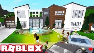 I Went to My Fans' Houses! | Bloxburg Roblox Roleplay