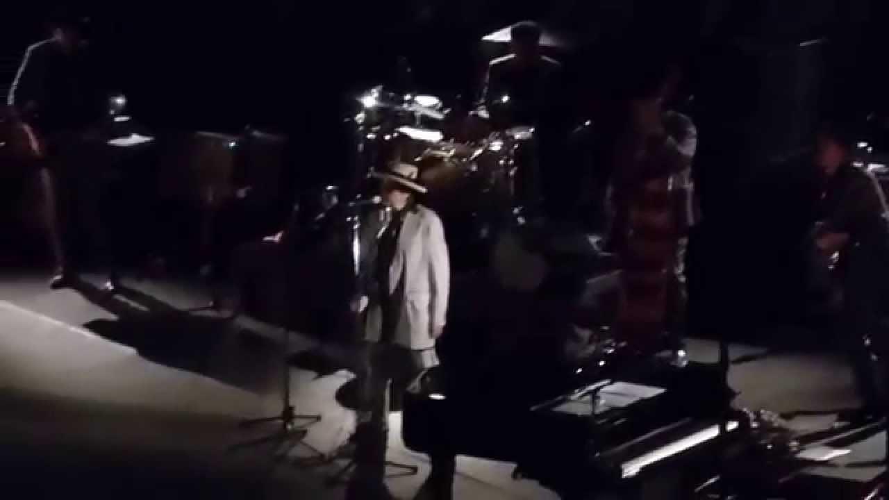 Bob Dylan Live 2015 - YouTube aab3b3d14b