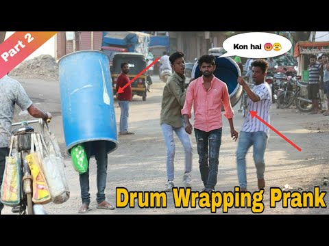DRUM WRAPPING PRANK ON PEOPLE    PRANK IN INDIA    OYE FUNTOOS