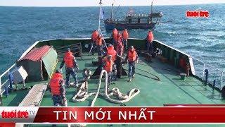 ⚡ Tin mới nhất | Cảnh sát biển cứu nạn tàu cá cùng 8 thuyền viên trên biển động