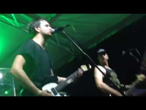 Kisschasy - Opinions Won't Keep You Warm At Night (Live)