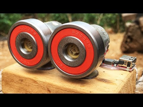Emergency charge your mobile using DC motor generator - Free energy 100% self running machine
