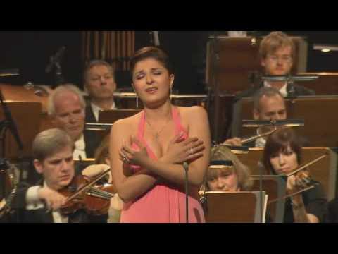 Narine Yeghiyan - Handel : Giulio Cesare,   Piangerò la sorte mia...