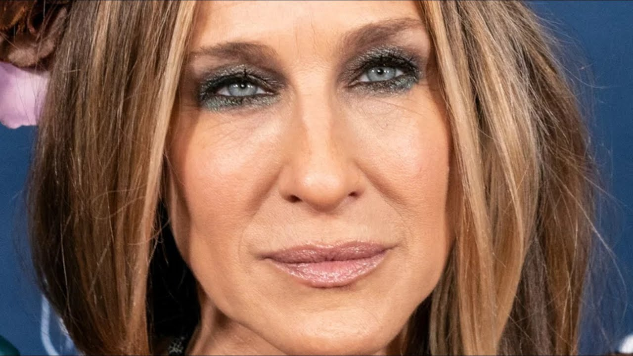 What Sarah Jessica Parker Looks Like Underneath All That Makeup
