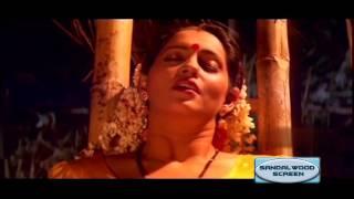 Ashwini Bhave Romantic Scene || Kannada