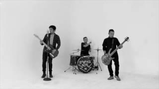 Screaming School - Kegiatan Belajar Menghajar (Official Video Clip)