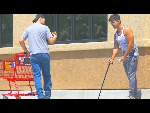 Will People Take Advantage Of A Blind Man? Social Experiment