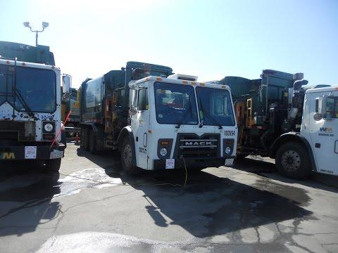 Waste Management 103654 ~ Mack LEU Labrie Automizer