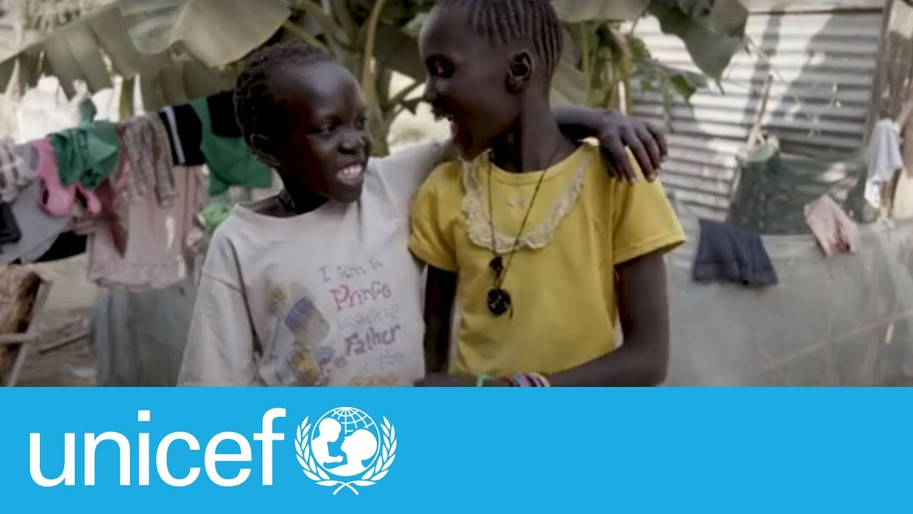 Water: a daily chore for two sisters in South Sudan | UNICEF