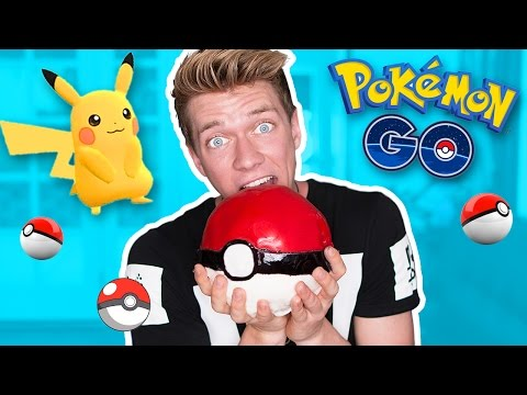 Pokemon Go Edible DIY GIANT Pokeball | Collins Key