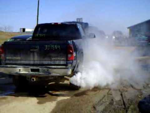 First Start After The Rollover 2005 6 0 3 4 Ton Silverado Burning Off The Oil Youtube