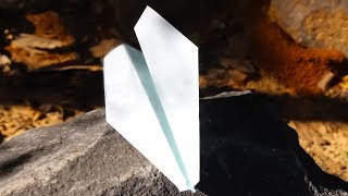 Paper Airplane. How to make an origami airplane