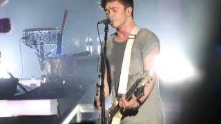 All time low - Dear Maria count me in (THE VAMPS LIVE 15/10/14)