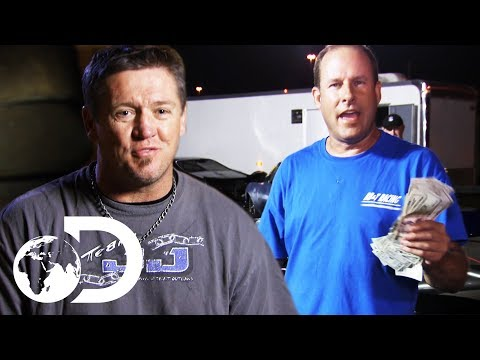 JJ Da Boss Wins Over $5,000 On Race Night  | Street Outlaws: Memphis