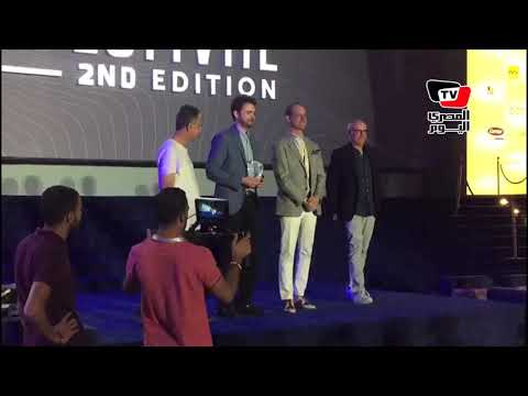 أبو بكر شوقي يتسلم جائزة ال?اريتي الألمانية ضمن فاعليات «الجونة» السينمائي  - نشر قبل 24 ساعة
