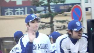 2010年11月20日 名古屋市の広小路通スカイル前での撮影。 順番に分かる...