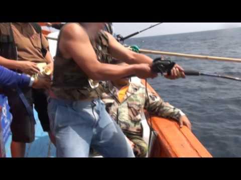 ตกเก๋าถ่าน ปลาน้ำลึก มวลมหาประชาเก๋าถ่าน 2556โดยทีมงานครบุรี