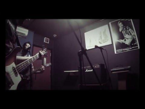 Giannini Rickenbacker - Segundo-Mundo - Falsa Convivência