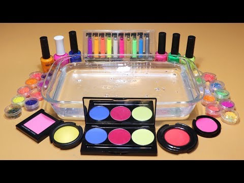 """Theme Series #6""""Neon""""Mixing EYESHADOW And glitter Into Clear Slime! """"NeonSilme"""""""