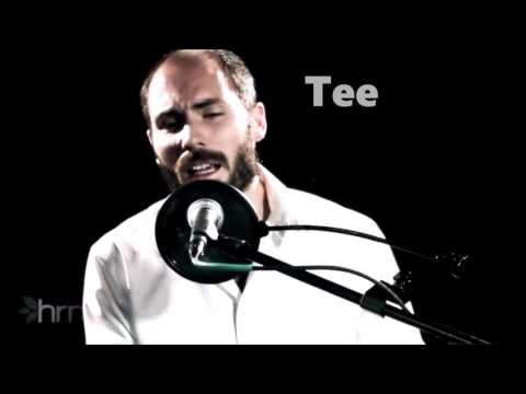 Avinu Pray with lyrics Sung by Andrew Hodkinson