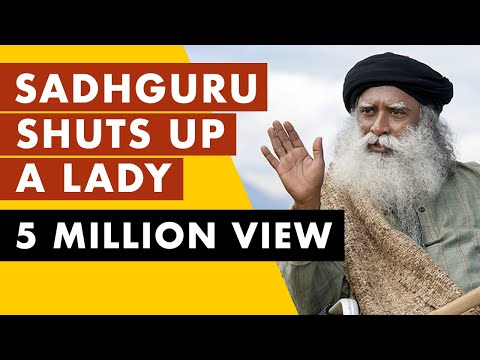 Sadhguru shuts up a lady when she try to insult INDIA