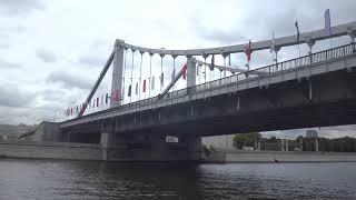 Поездка на прогулочном теплоходе \Азимут\ маршрут Устьинский мост - Москва-Сити и обратно